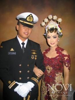 Dewi & Adit