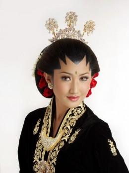 Novi Arimuko Yogya Putri 2